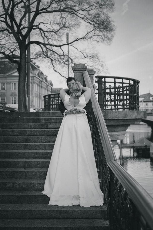 Brautpaar nach der Hochzeit in Zürich