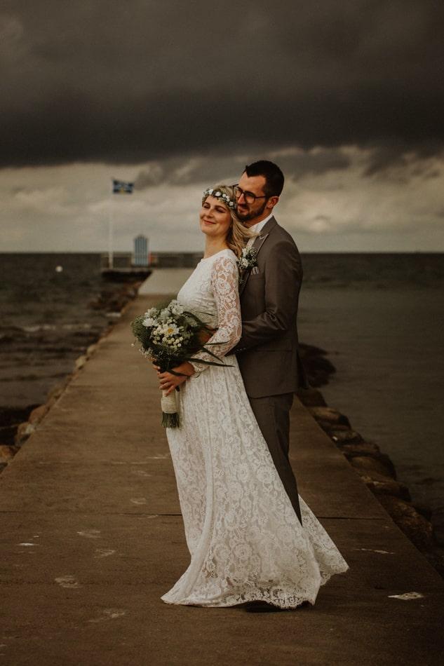 Hochzeitsfotografie am Strand in Stein in Schleswig Holstein