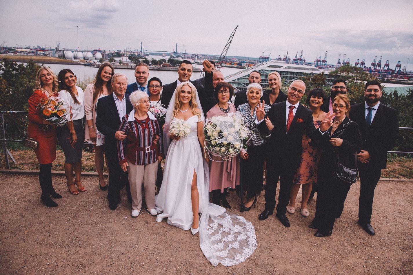 Gruppenfotos während die Hochzeit in Hamburg