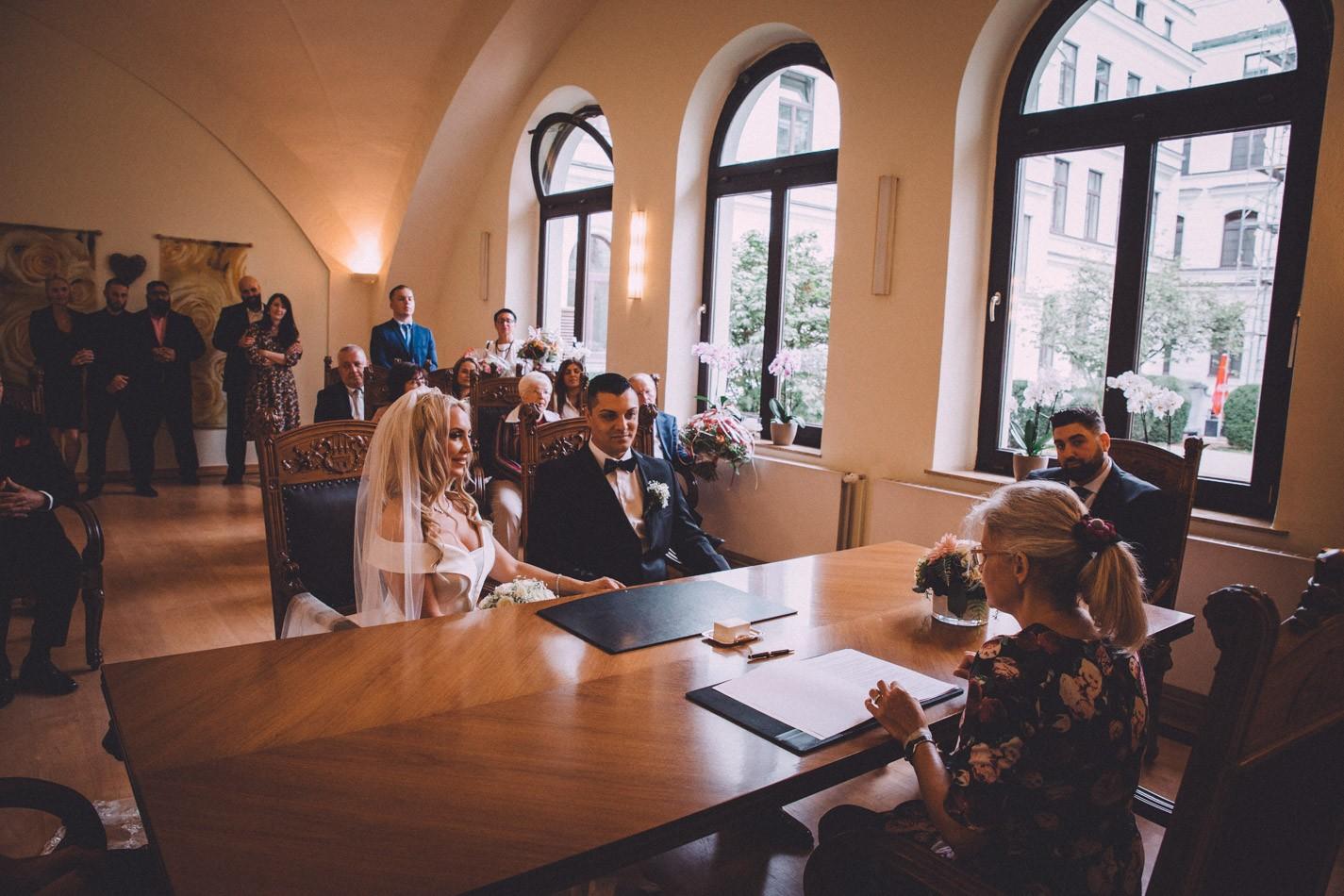 Hochzeit im Altonaer Rathaus in Hamburg