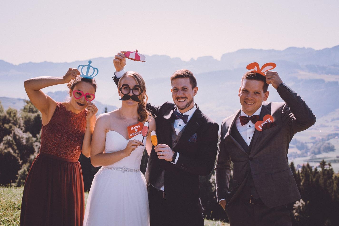 Lustige Hochzeitsfotos in Appenzell