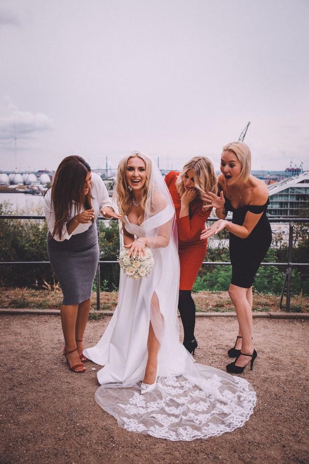 Lustige Hochzeitsfotos in Hamburg