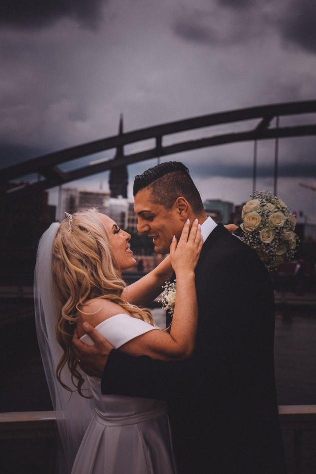 Niedermaumbrücke Hochzeitsfotoshooting