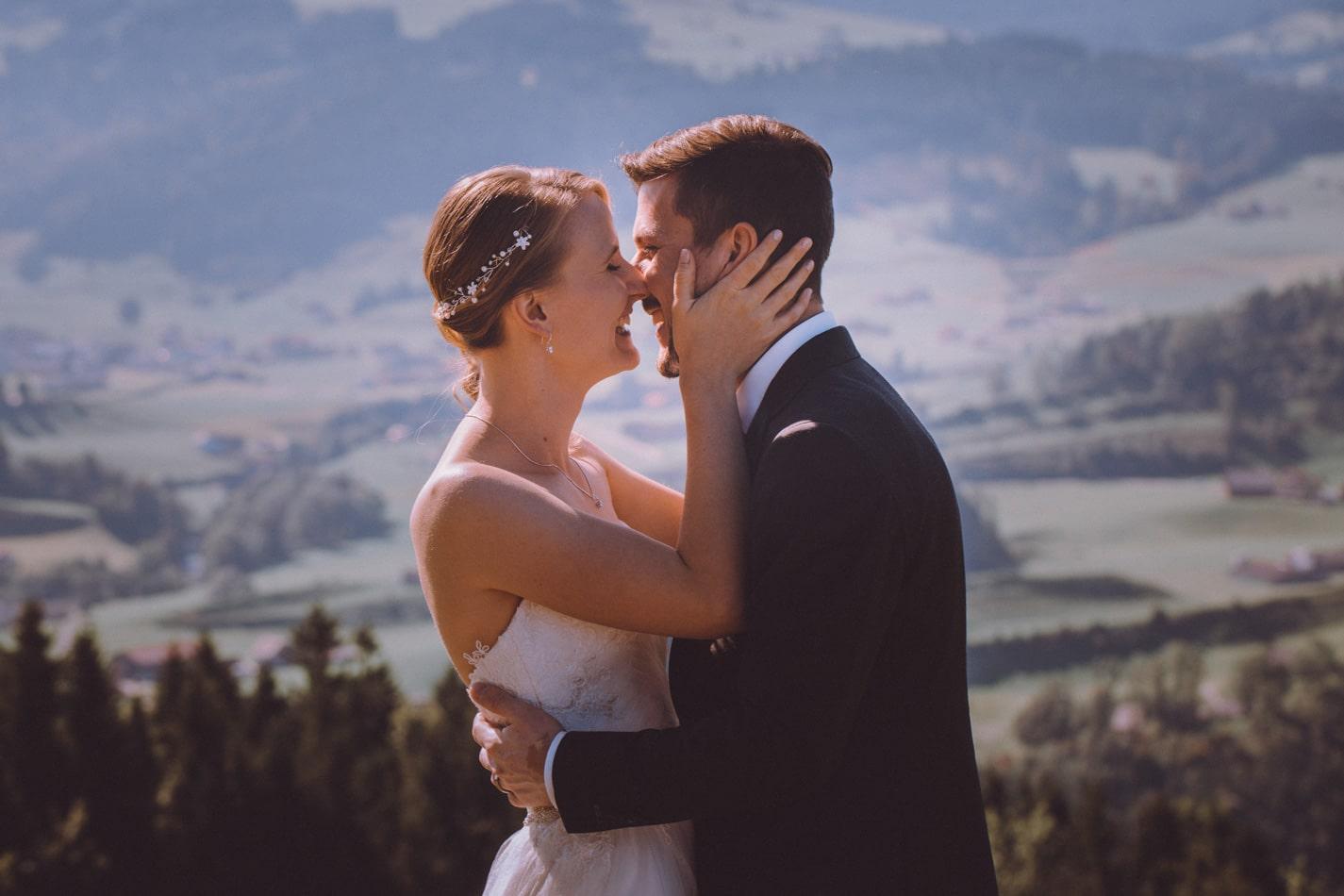 Romantische Hochzeit in Appenzell, Schweiz