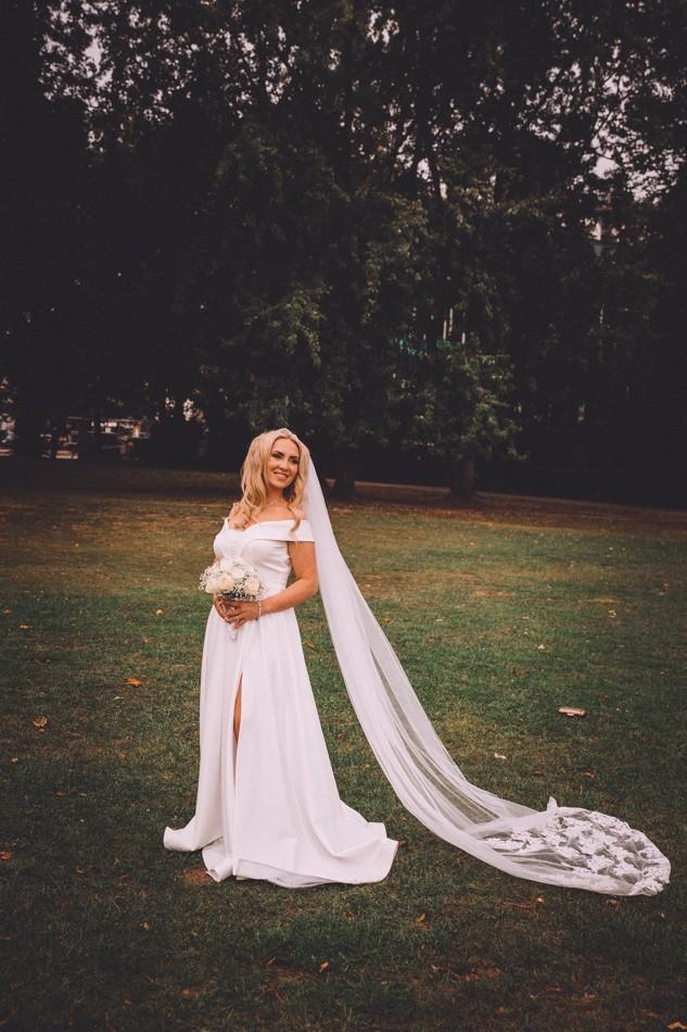 Wunderschöne Braut in Hamburg