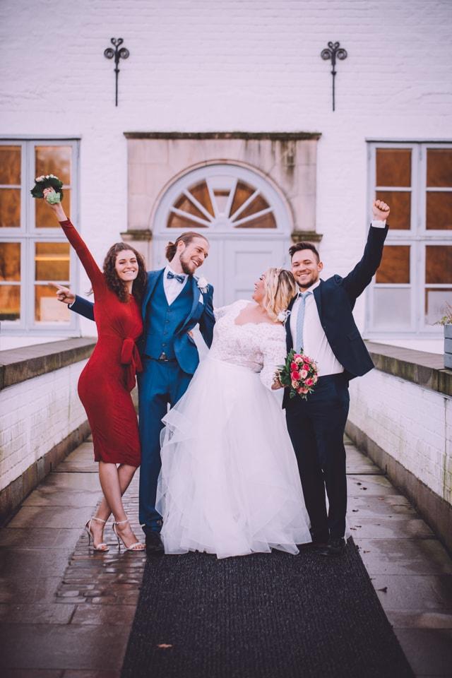 Hochzeitsgäste in Schloss Glücksburg