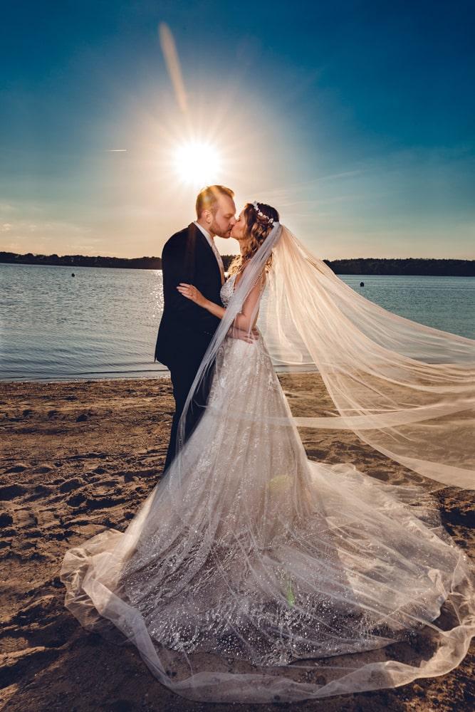 Hochzeitsfotoshooting in Neumünster am Einfelder See