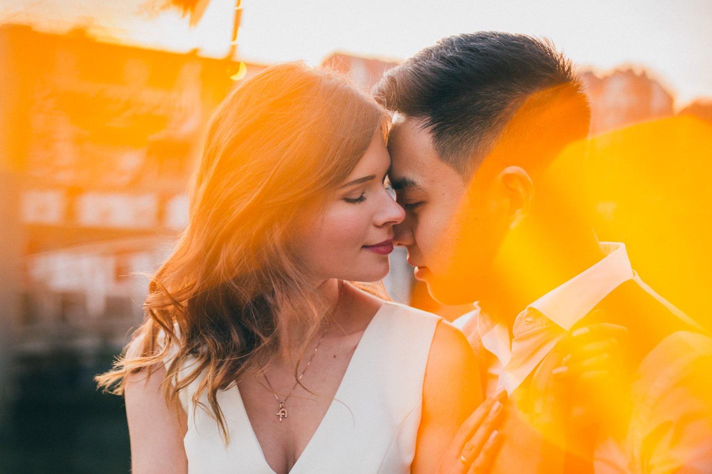 Romantische und schöne nach der Hochzeit Paarshooting in Bremen