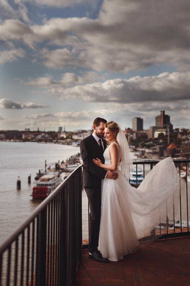 Hochzeitsfotos bei einer Hochzeit in Elbphilarmonie