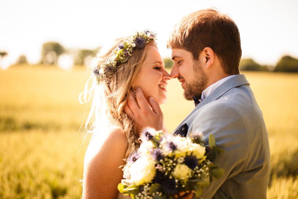 Liebevolle Hochzeitsfotografie auf Fehmarn