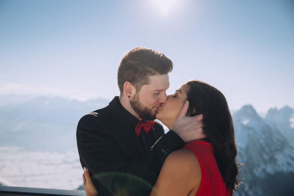 Romantische Hochzeitsfotos in der Schweiz
