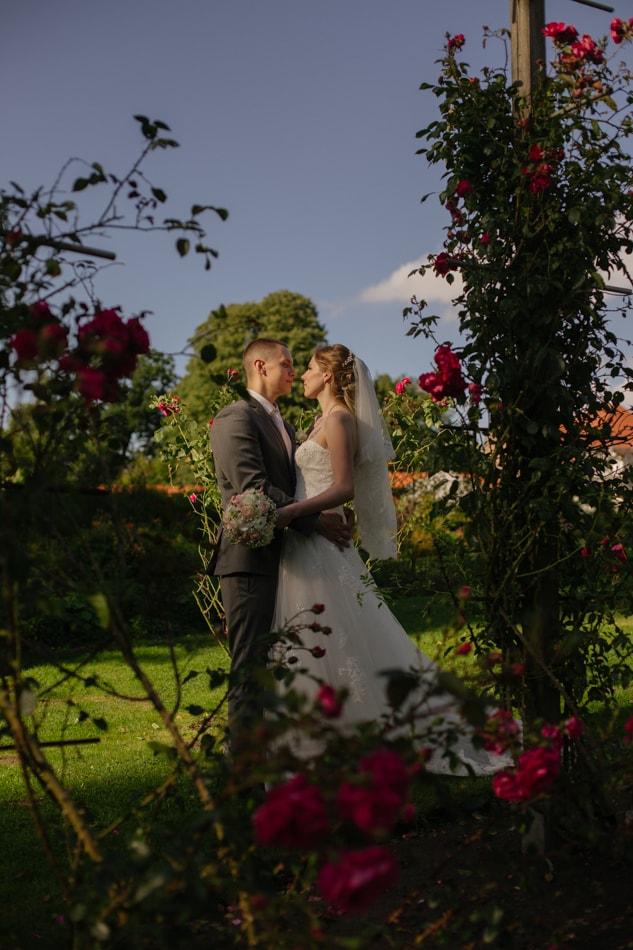 Schoene Brautpaar im Schloss Glücksburg