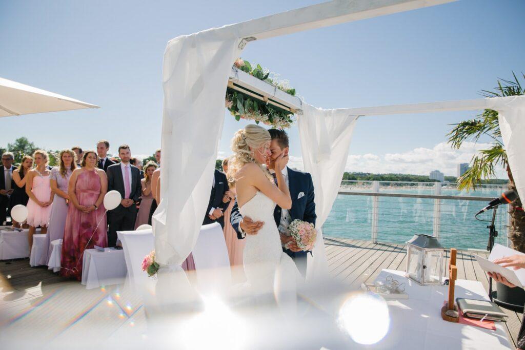Wolkenlos Hochzeit