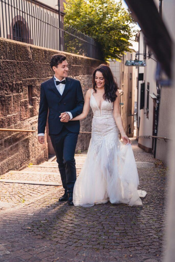 Natürliche Hochzeitsfotografie in Basel, Schweiz